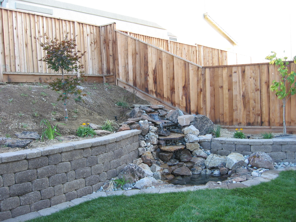 1000 Images About Pond Water Features On Pinterest 400 x 300