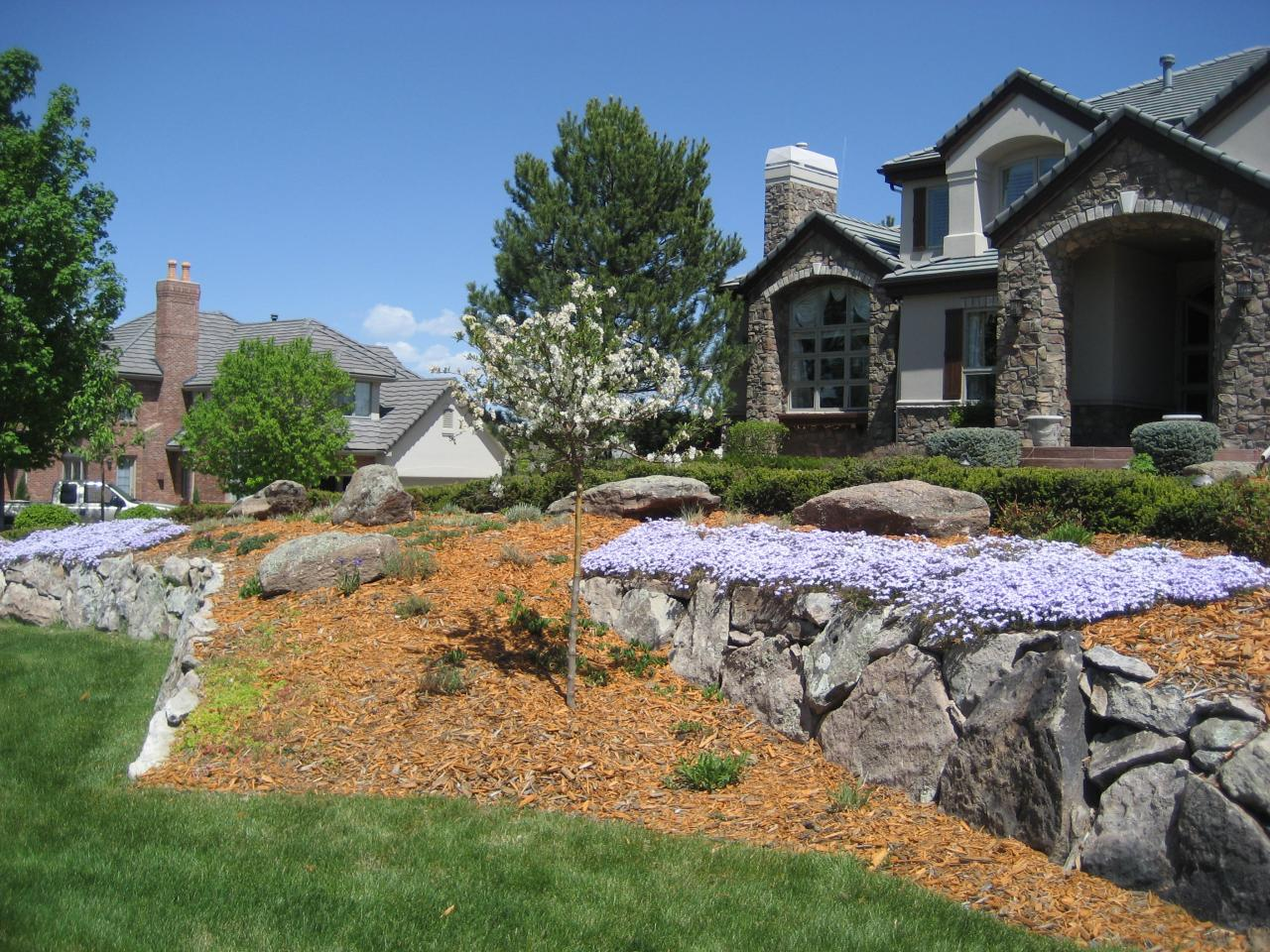 Residential landscape natural setting for Residential landscaping